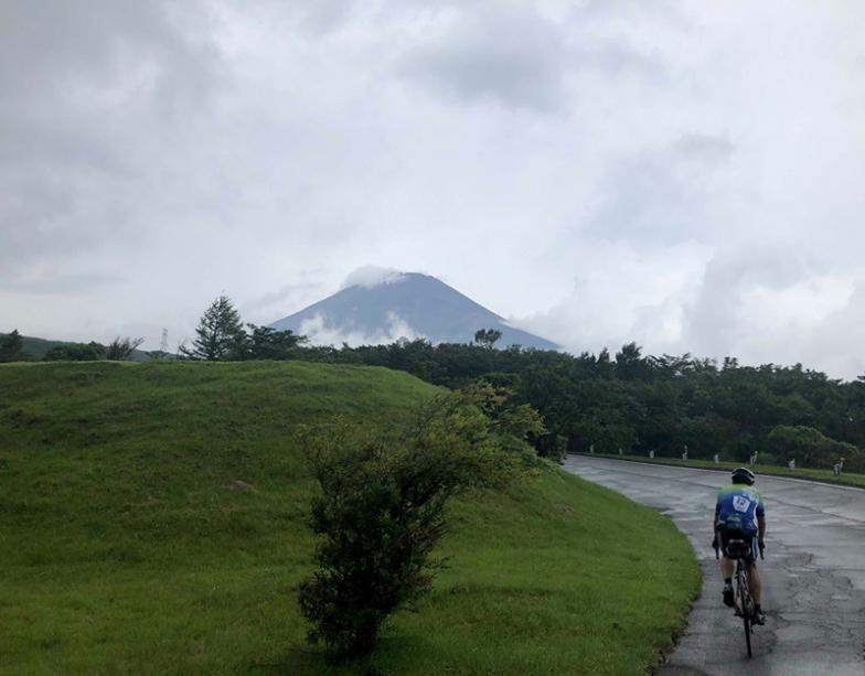 路面はウェットでしたが富士山の雄大な姿は望めました