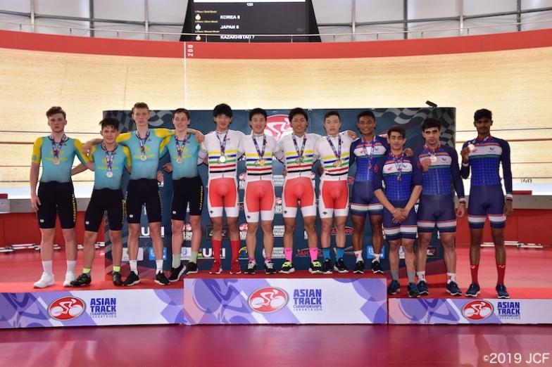 ジュニア男子チームパーシュートは日本代表チーム(高橋、四宮、岡本、生野)が優勝