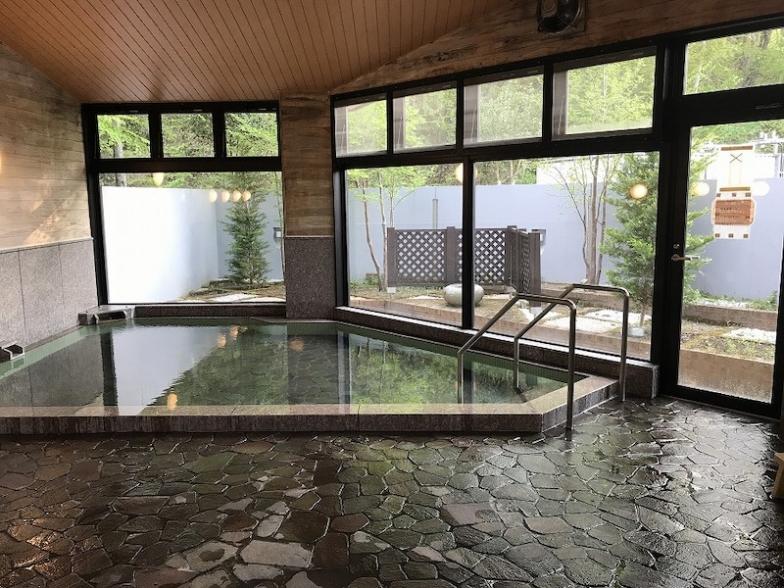 せせらぎ荘の大浴場。心地よいお風呂でトレーニングの疲れを洗い流そう