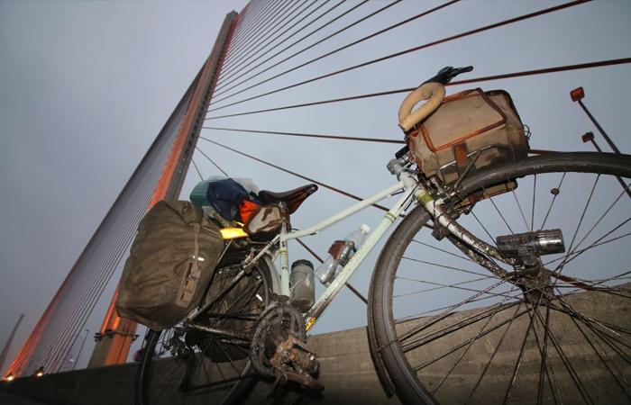 日本の支援を受けて建造された吊り橋