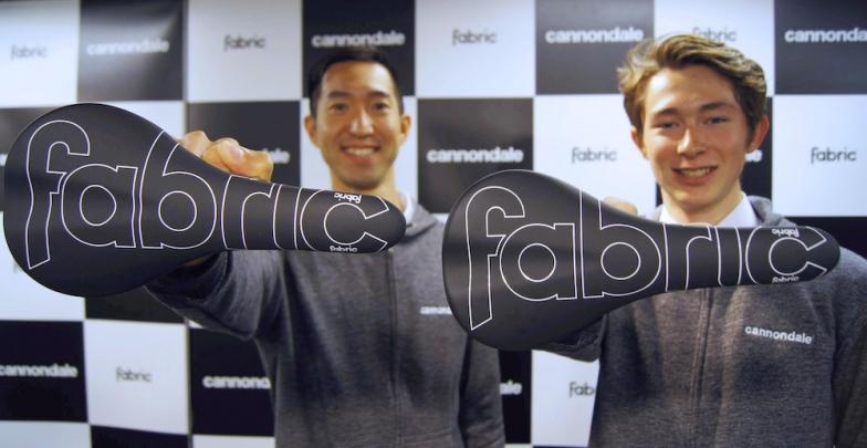 山本幸平選手、北林力選手は革新的なサイクリングサドル「ファブリック」を使用する