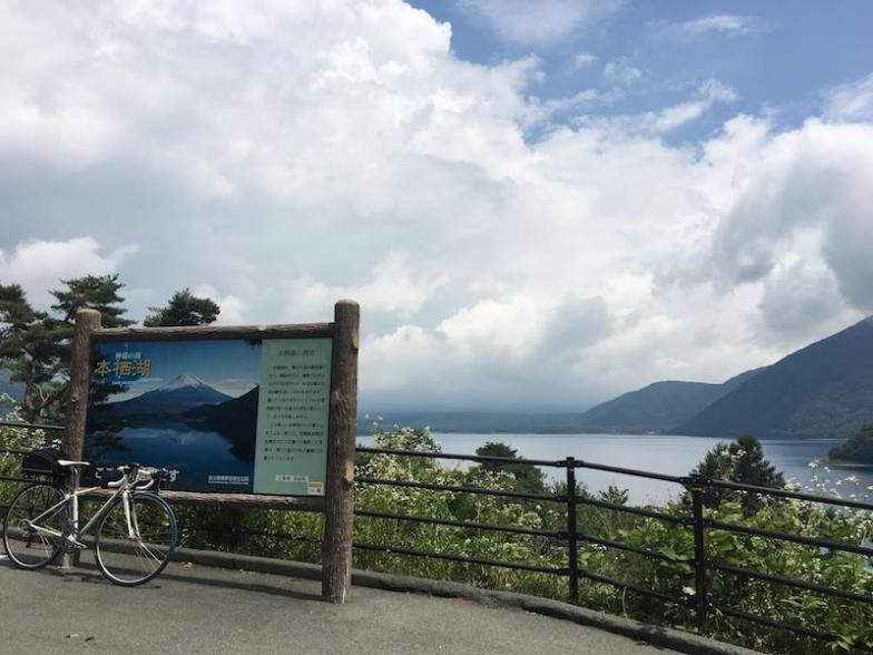 プロから教わりたいことたくさんの、豊富な走行環境を設定、ついでに河口湖、西湖、精進湖、本栖湖の4湖を巡ります