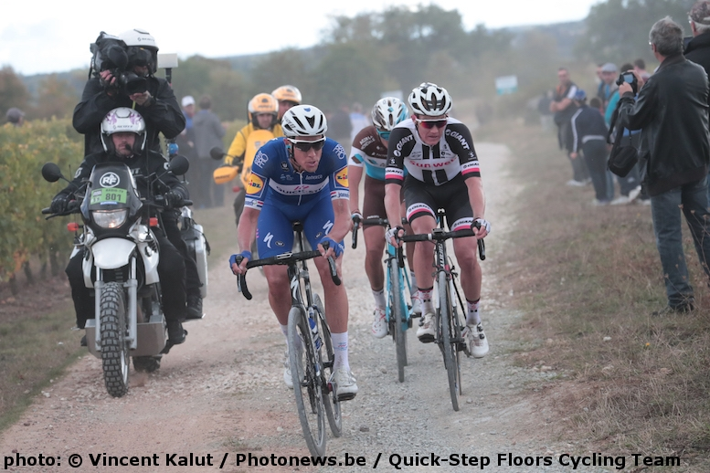 (photo: © Vincent Kalut / Photonews.be / Quick-Step Floors Cycling Team)