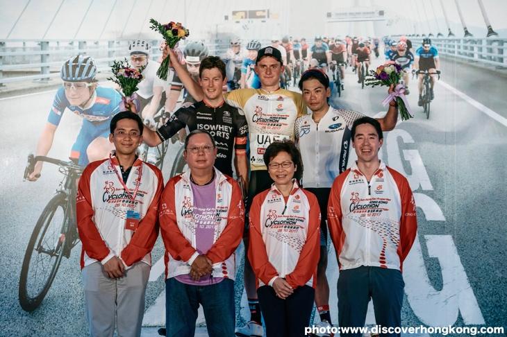 香港チャレンジで3位表彰台に上がった新城幸也 photo:www.discoverhongkong.com