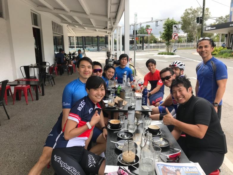 同年代のサイクリストたちのグループライドは、年齢や仕事の忙しさを言い訳にできない!と毎回感化されます