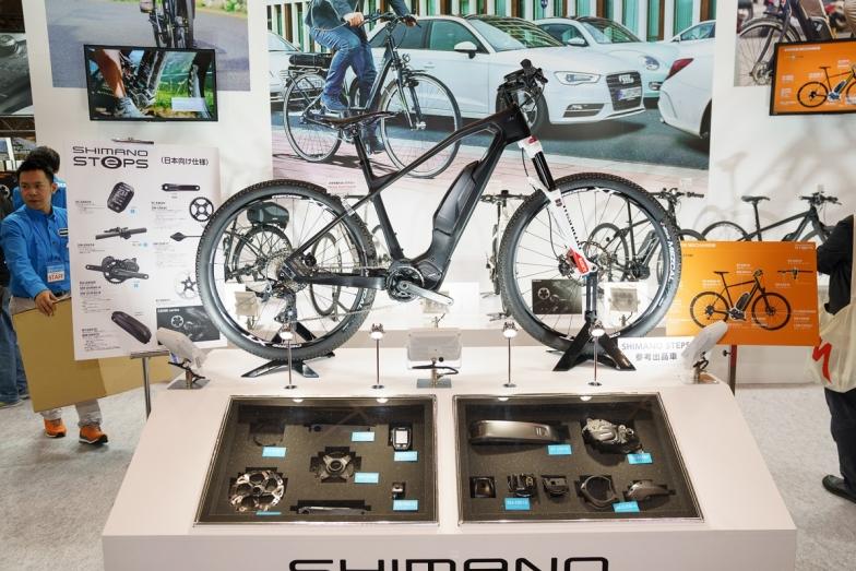 シマノのeバイク専用コンポーネント、ステップス