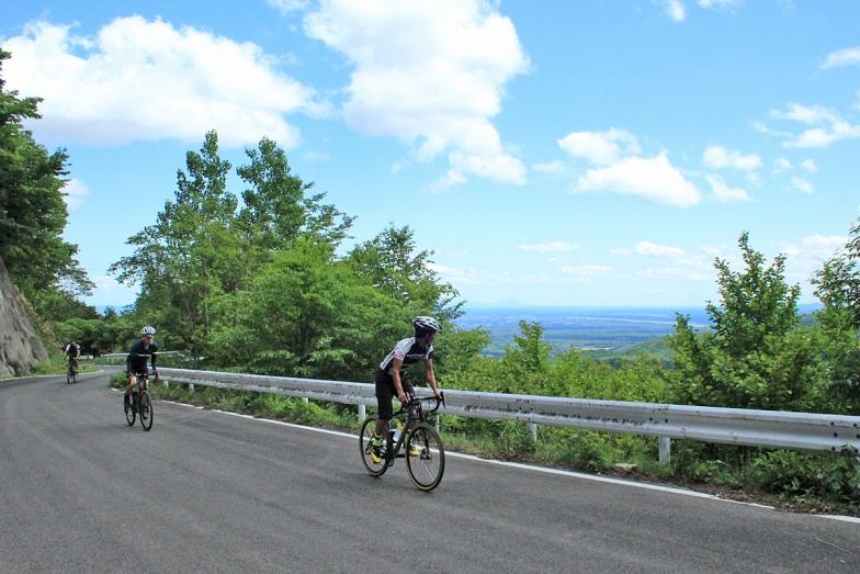 那須の町を見下ろす絶景ヒルクライムコース