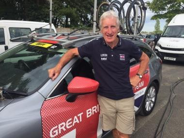 イギリスナショナルチーム監督 キース・ランバート氏が視察に訪れた(photo:cyclismejapon)