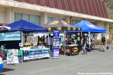 ノースウェーブ・ブースでは各種バイクシューズやアイテムが展示されるほか、試着サービスも行われる