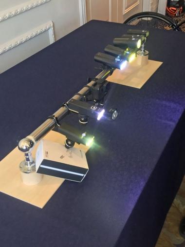 ガシロンの製品群。現在、日本国内で販売されるモデルは、400ルーメンから1800ルーメンのヘッドライト5モデルと、テールライトが3モデル、そしてブラケット類