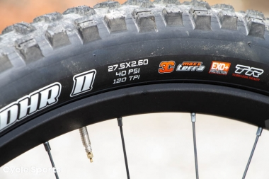 リヤタイヤは27.5×2.6インチ