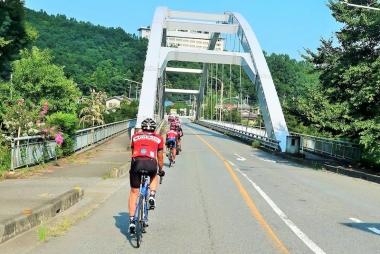 風布から山を下り、波久礼方面へ Photo:サイクルスポーツ編集部