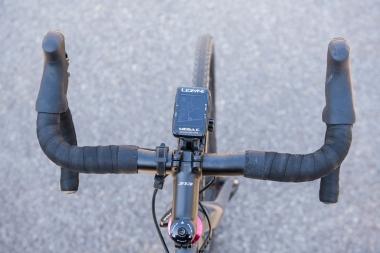 メガC GPSを取り付けたときのサイズ感