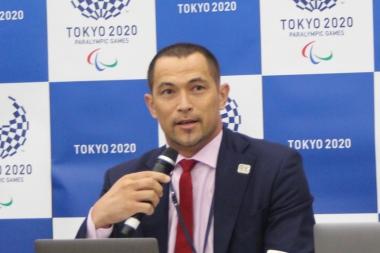 東京2020組織委員会の室伏広治スポーツディレクター。パラリンピックの魅力について、特有の種目があることと話し、自転車競技のタンデムを例に挙げた