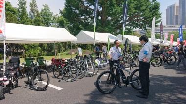 eバイクを扱うヤマハ、メリダ、パナソニック、ベスビー。走行会などのために試乗車を貸し出していた