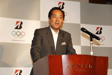 冒頭、ワールドワイドオリンピックパートナー契約について語るブリヂストン副社長の西山氏