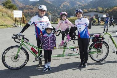 山形は県全域で自転車の定員乗車が認められているので、タンデムバイクの参加者も。