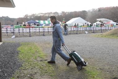 移動も多い大会会場では、転がして持ち運びできる点が大きな武器となる
