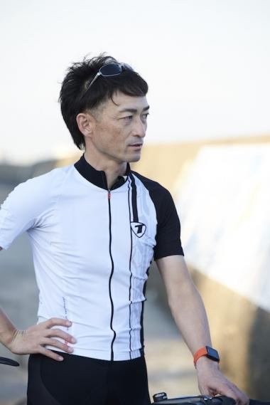 大屋 雄一:モータースポーツにも造詣が深いフリーランスライター。自転車はジャンルを問わず楽しむのがモットーで、最近はグラベルバイクで走り込む。タイムは好きなブランドの一つ