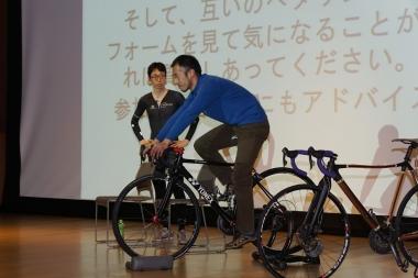 2017年12月17日、京都国立博物館で開催された「最強のヒルクライム講座」(NHK文化センター京都主催・デマルキ京都店協力)の様子