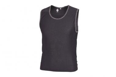 クラブライドのほとんどのシャツのインナーとして重宝するポケット付きの「Under Dog」5800円(税抜)