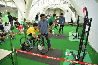 速度計を使用した自転車競技体験