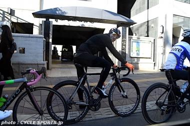 ジロ・デ・イタリア優勝者が東京の下町をサイクリング!