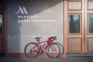 サイクリストに優しいホテル「南紀白浜マリオットホテル」。和歌山県は2017年度中に50施設を目標にしている。