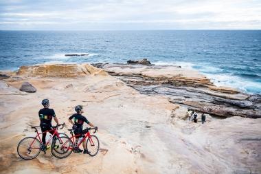 これまたど定番の観光スポット 名勝「千畳敷」。自転車で行くと駐車場の心配ご無用なので、気軽に行けてしまうのだ