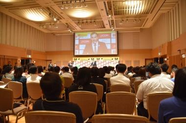 さいたまクリテリウム出場選手発表イベントには一般観客も多数参加