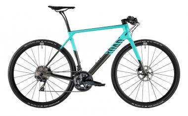 抽選でCanyonのフルカーボンフィットネスバイク「ロードライトCF 8.0」が当たる。カラー、サイズは当選者が選択できる ©︎Canyon Bicycles