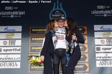 総合4位になって新人賞のマリア・ビアンカを獲得したベルギーのブノート