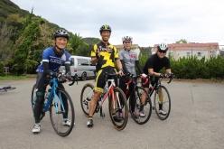 地元のサイクリストである松下さん(左から2番目)とご友人たちも、改めて南大阪の道を満喫した