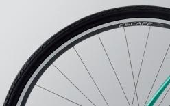 ESCAPE R 700x30C TIRE:快適性、安定性、転がりの軽さをバランスした新開発の30C幅タイヤを採用。