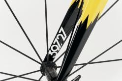 フォークの内側にある5桁の数字は、モデル名の由来となったヴェロドローモ・ヴィゴレッリの周長だ。タイヤは28Cまで許容する