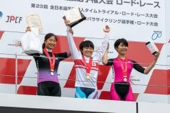 コース1周で争われた女子ジュニア+女子U17は岩本杏奈(日本体育大)が優勝