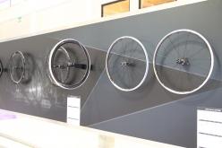 デュラエースグレードのホイール群にもディスクブレーキ対応モデルが登場