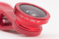 広角レンズよりももっと広い範囲が撮影できる魚眼レンズ。180度の視野を撮影可能なので、SNSなどで使うクリエイティブな写真も撮影できる