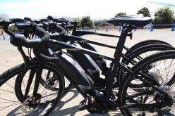 今回の4モデルは全てフレームサイズが3サイズ用意。メーカーが製品化する際に型式認定をとる必要がある電動自転車において、このバリエーションを持つのは流石