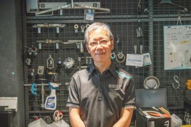 今回お話を伺った店舗サブリーダーの飯田健さん