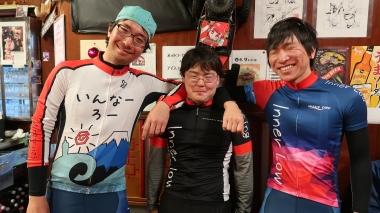 髙野さん(左)、青山さん(中央)、中川さん(右)