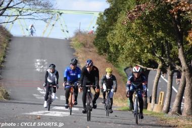クネゴは昨年12月に来日した時にもサイクリングイベントを開催した