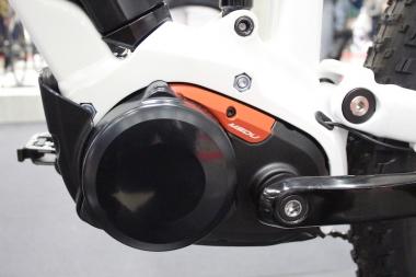 パナソニック製のMSDU(マルチ・スピード・ドライブユニット)は内装2段変速が組み込まれる