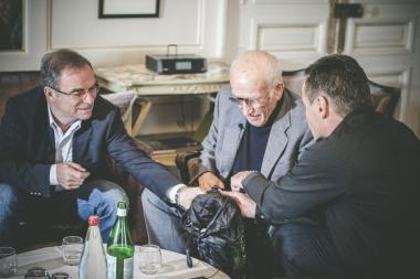 左からイノー、アソスの創業者マイヤー、フロイラー