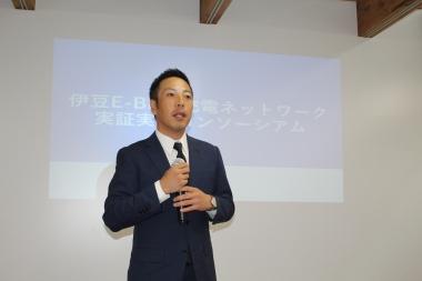 発表会にて今回のプロジェクト内容を解説する加和太建設代表取締役社長の河田亮一氏
