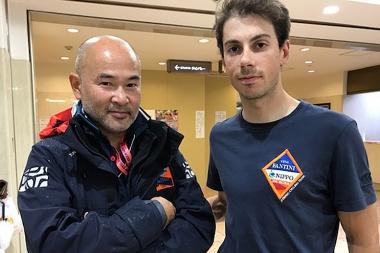 大門監督(左)とジャパンカップ初優勝を果たしたカノラ(右)
