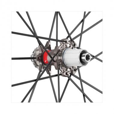 新設計のリアハブ:アルミ製、アルミオーバーサイズ・フランジ